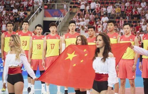 两连败!中国男排0-3波兰 过招波兰以2胜15负处于下风