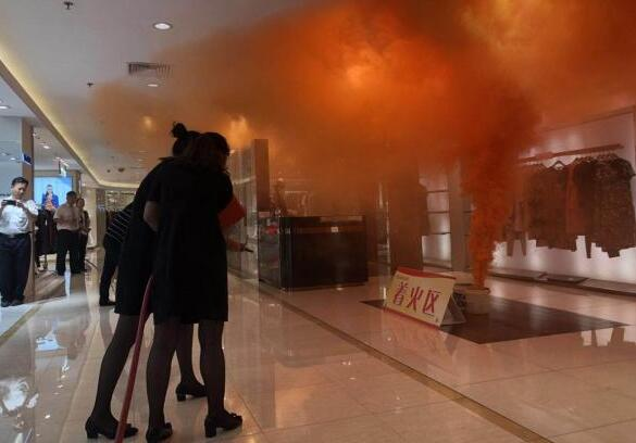 济南市举行人员密集场所消防实战演练