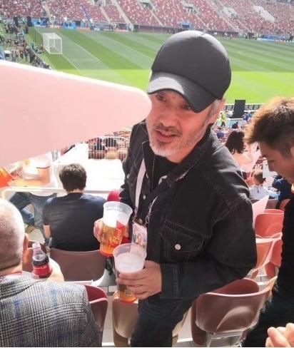 陈奕迅吴秀波惊现世界杯开幕式现场 原来大家都是热心球迷