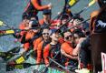 澳门国际龙舟赛第三天 激流勇进谁能拔得头筹