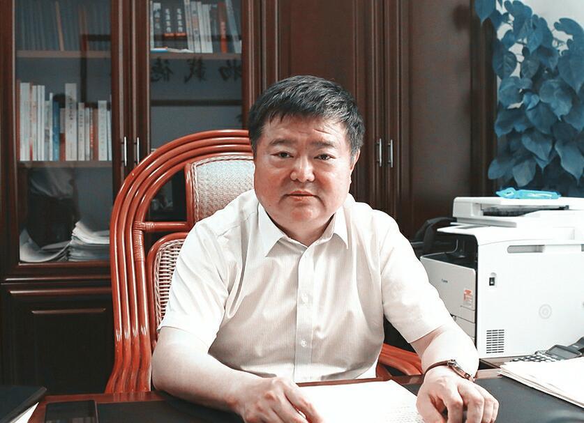 市商务局局长孙义洪 与群众、企业同呼吸共命运心连心