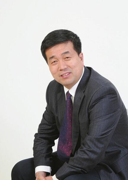 山东福胶集团有限公司董事长杨福安 抓住营商环境优化机遇加快发展