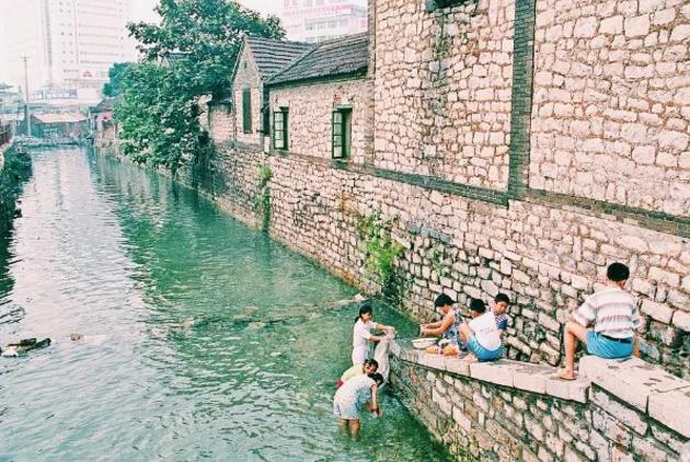 这条老街,曾是老济南热爱的繁华之地