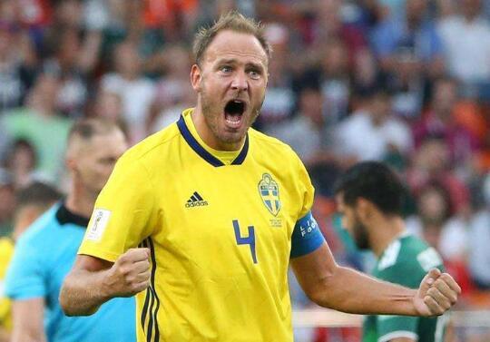 命运用胜利决定?瑞典3-0墨西哥 两队携手晋级世界杯16强