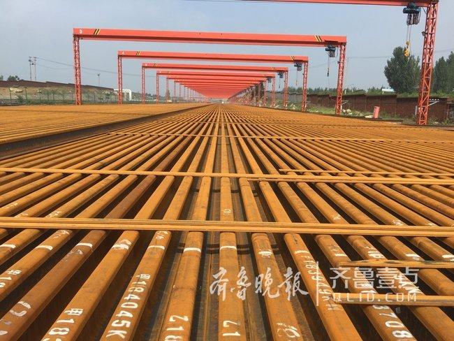 鲁南高铁500米长钢轨是咋运到费县的?