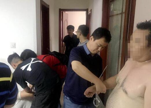 大快人心!武汉摧毁跨省酒托 男子约会美女网友