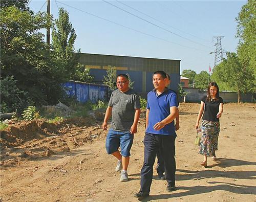 """鲍山街道党工委书记刘春强""""敢担当有作为"""":两年无解的拆迁难题,15天办妥了"""