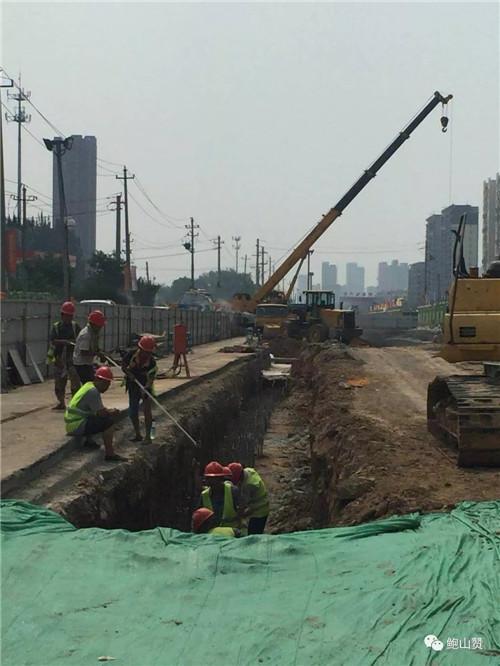 立改立行——鲍山街道迅速对道路工程夜间扰民施工下达整改通知