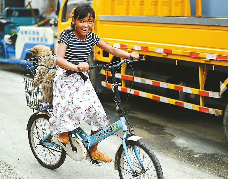 """扫街女孩的""""新愿"""":考上济南的大学 毕业后留在济南工作"""