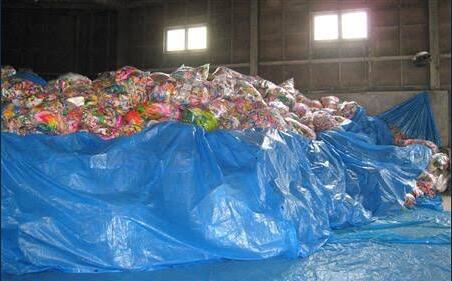 让大家吃纸?日灾民断水断粮被送成堆千纸鹤 难道是川端康成的作品看多了?