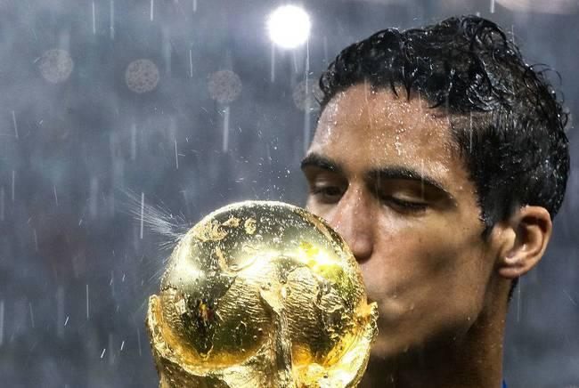 羡慕嫉妒恨!人生赢家瓦拉内 法国球员25岁竟然已有这般成就