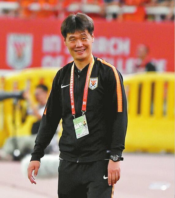双线出击联赛仍是重心 鲁能今日出征南京周六客战苏宁