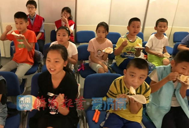 大明湖舜井社区携手公益机构 让自闭症儿童不再孤独