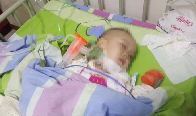 愤怒!两岁孩子患艾滋 孩子妈妈痛苦又无助:难道这么多医院全是误诊?