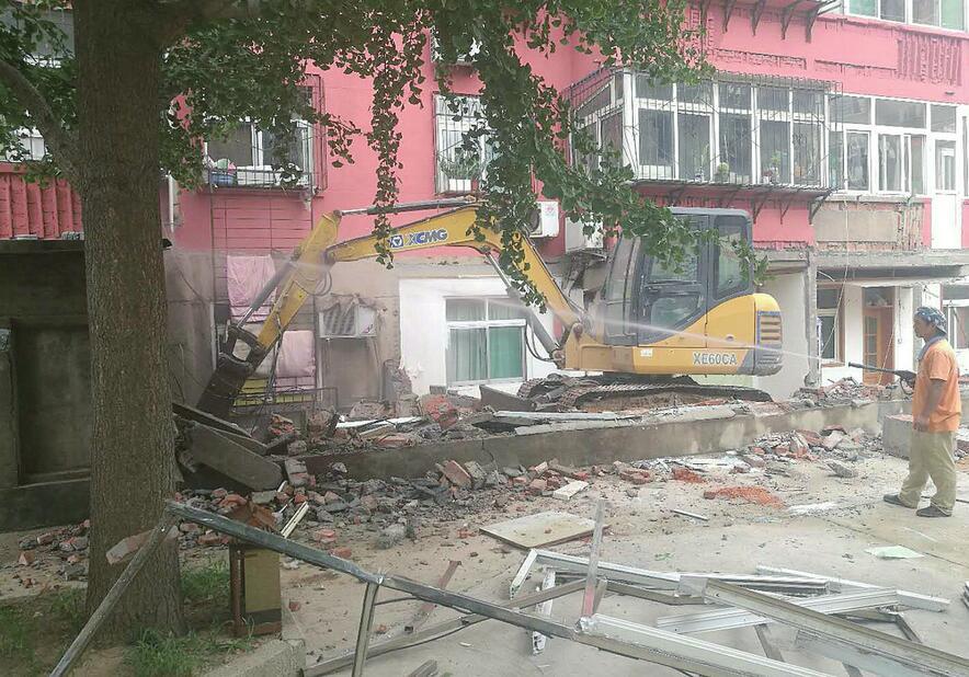 海尔绿城全运村社区违建业主将被联合惩戒 七里山小区300余平方米违建拆除