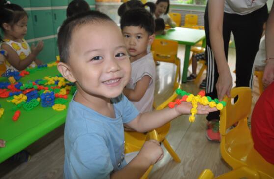 欣欣向荣 迈步新学期——历东花园幼儿园成功举办开学典礼
