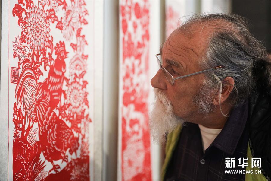 中国北方民间美术作品走进比利时