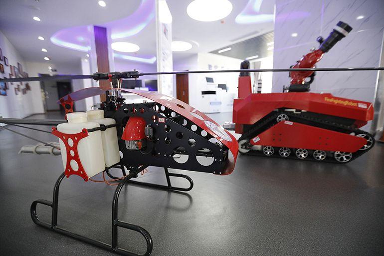 """特种机器人、石墨烯空调……浙大在山东玩起了""""黑科技"""""""