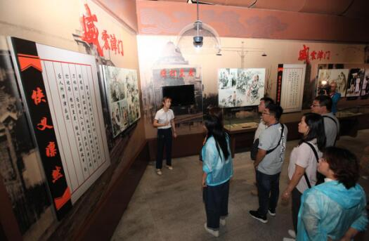 百家媒体旅行社探访精武门·中华武林园 来一场时空对话