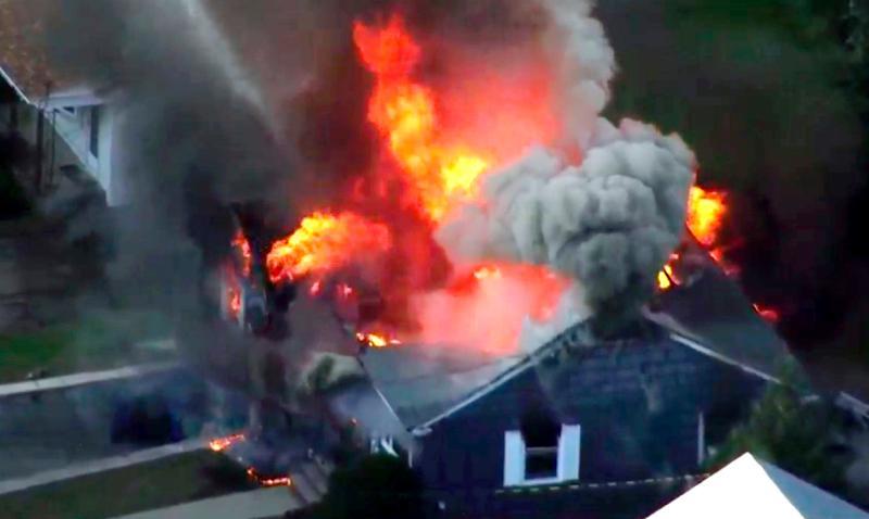 烧到怀疑人生!美国70多地起火 真的都是人祸而非天灾?