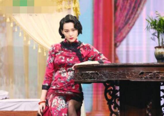 张馨予婚后首秀太惊艳 新晋
