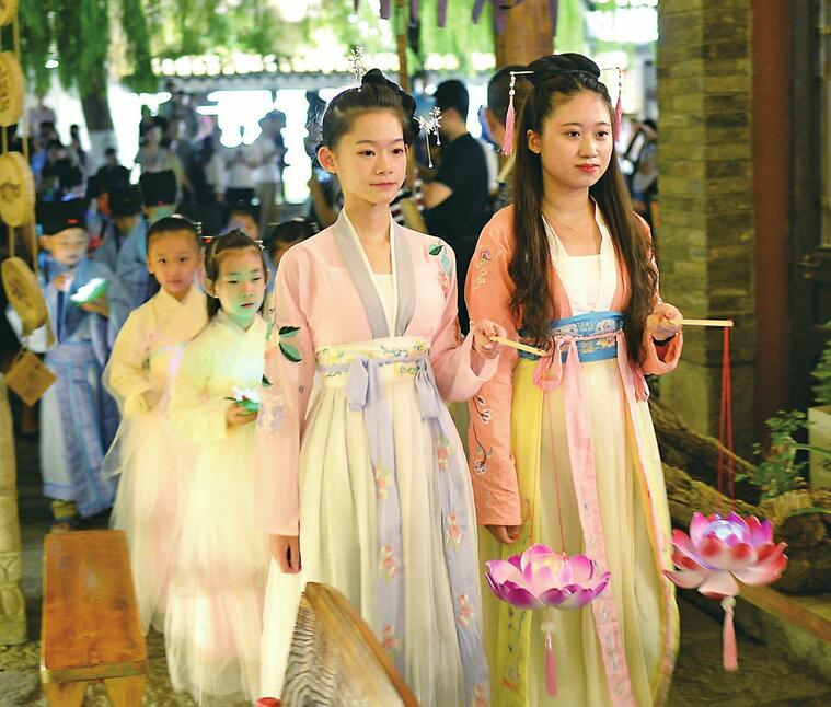 第五届中国非遗博览会进入第三天 您身边的非遗分会场也很精彩