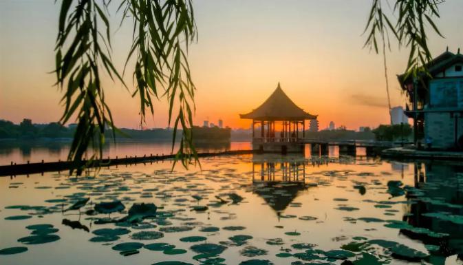 这个秋天,就想与您相遇在美如画的济南城!