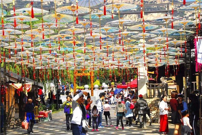 国庆第三天:省内主要景区游客爆满 19起投诉妥善解决