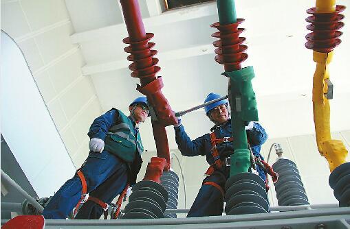 济南供电假期值守助力城市建设发展