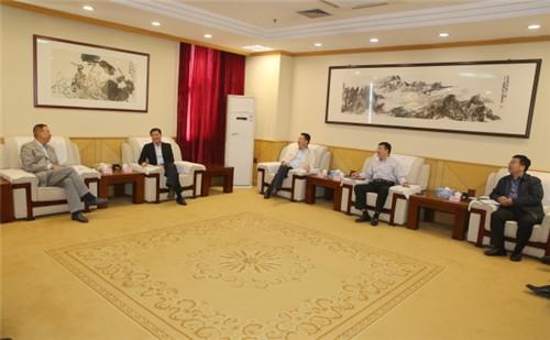 历下区委区政府主要领导会见山东国惠投资有限公司客人
