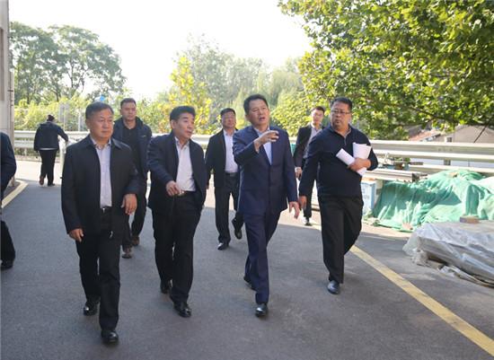 谢兆村调度全福河及历下广场改造工程