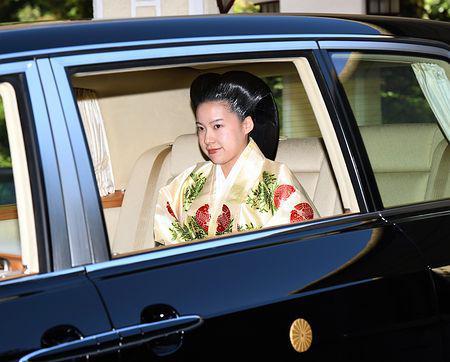 日本绚子公主下嫁平民 开心的称能走到这一天很不容易