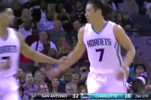 林疯狂回来了!NBA常规赛林书豪23分钟得23分创赛季新高 得分效率出众!