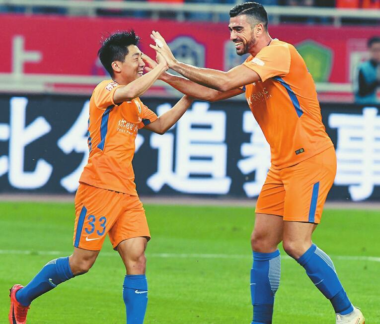 鲁能VS苏宁 只要获胜就能在时隔2年后锁定三甲 为足协杯留力