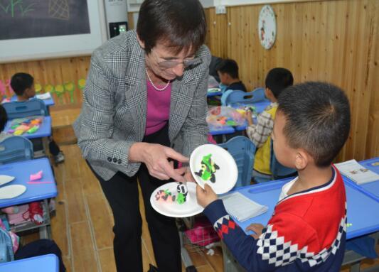 英国戈登学校来访历山学校