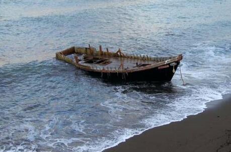 细思极恐活久见!日本大量幽灵船船上无任何人仅载尸体或白骨-热点...