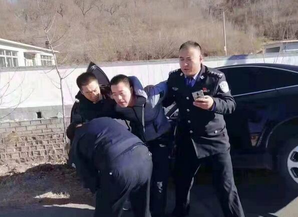 持续关注丨辽宁建昌驾车冲撞路人案件 嫌疑人作案动机初步查明