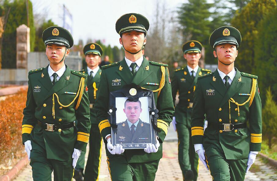 临沂老家亲友、老师追忆烈士王成龙:挺身而出,他一直都这样