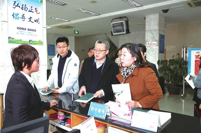 [创文明城市]济南市人社系统基层平台开放日活动启动 市民亲身体验