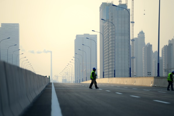 北园高架西延新路待驾驶 车辆6分钟跑完全程