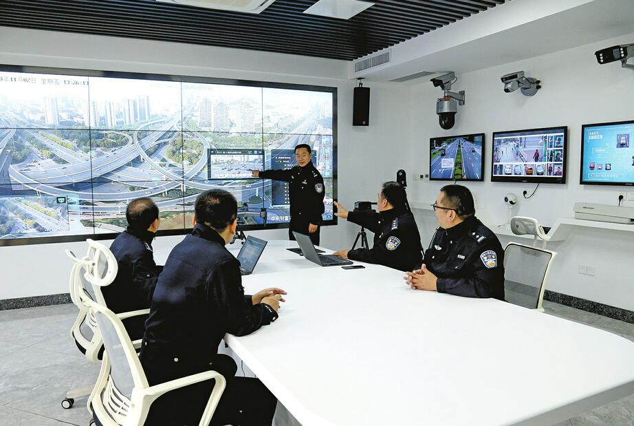 """山东省""""济南交通大脑""""正式启用 500项功能将在年内上线"""