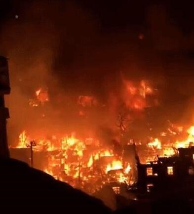 火光冲天!福州台江区大利嘉附近民房起火 具体详情经过曝光