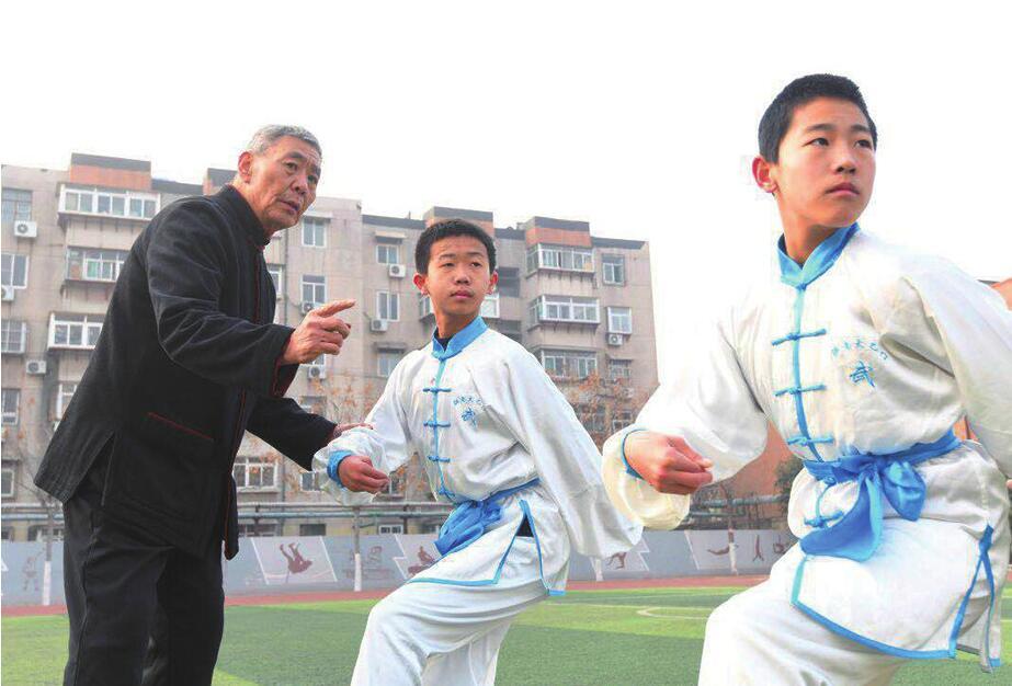 [温暖泉城]传承非遗文化 济南七旬老人义务教授孩子武术14年