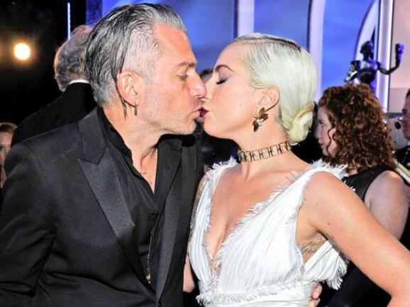 Lady Gaga取消婚约 本尊回应了到底说了什么?