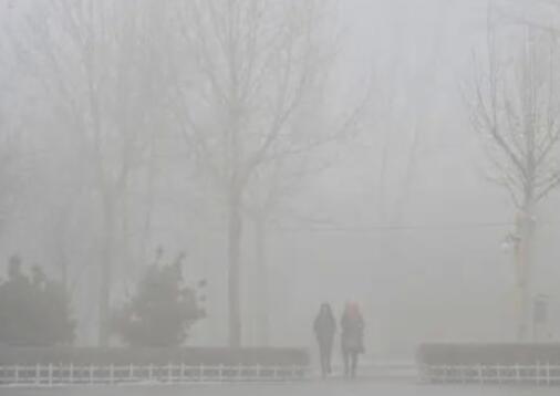 因雾,分流宁晋站青岛方向的车辆.