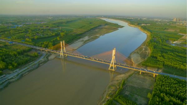 《济南黄河大桥》