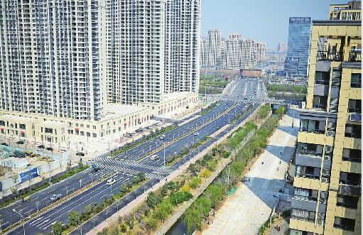 济南历黄路北延段通车 为双向8车道设有双向公交车专用道