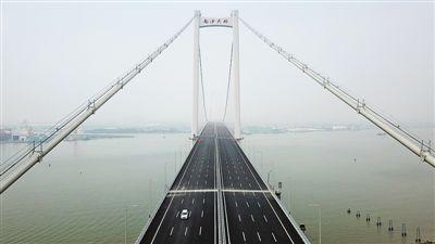 南沙大桥开通 粤港澳大湾区再添一座大桥