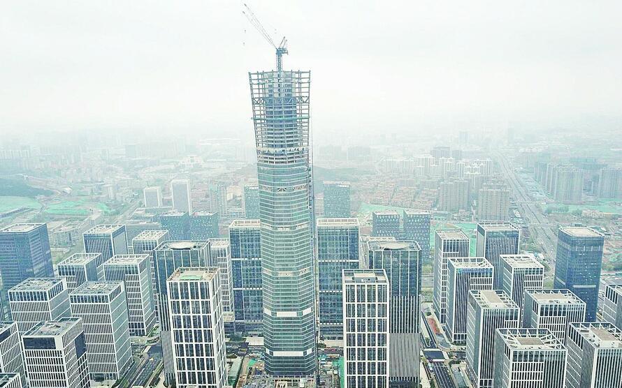 """339米""""泉城第一高""""云鼎大厦钢结构封顶"""