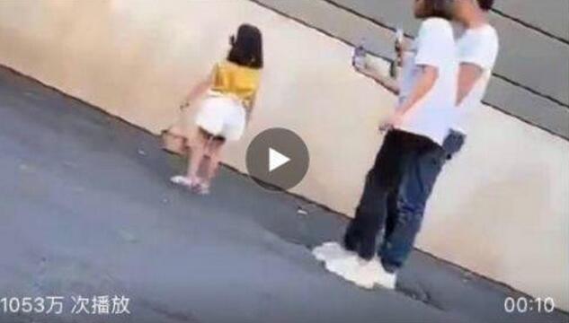 店主呼吁规范拍摄!童模小女孩拍照时遭妈妈飞踹 湖州织里童模妈妈致歉